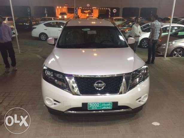 Pathfinder 2017 for daily rent in muscat with very good price