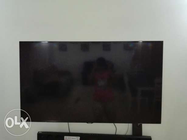 "48""Samsung LED (HD)"