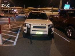 land rover in a great condition 2005 white