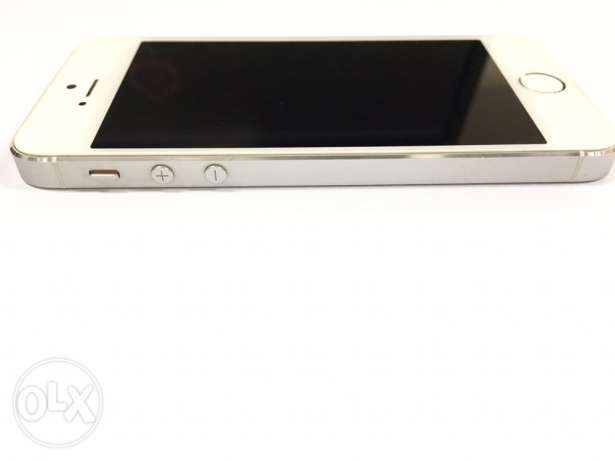 Iphone 5s 64 GB Excellent Very بوشر -  4