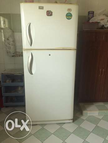 LG fridge/ refrigerator 525 Ltrs Full Size. Good Condition. 2 door