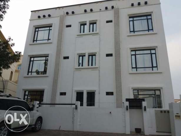 4 apartments for rent in al mawaleh south behind city center