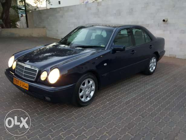 E280 for sale with one year mulkiya and insurance مسقط -  2