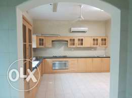 Low Rate!! 6BHK Villa for Rent in Azaiba