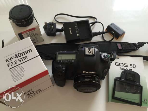 Canon EOS 5D Mark III + Canon 40mm Lens +Extension Tube + Battery Grip