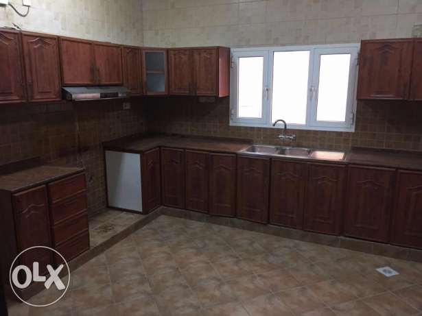 villa for rent in bosher almona withe maids room بوشر -  3