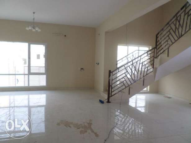 9 BR Brand New Twin Villa in Ansab Heights