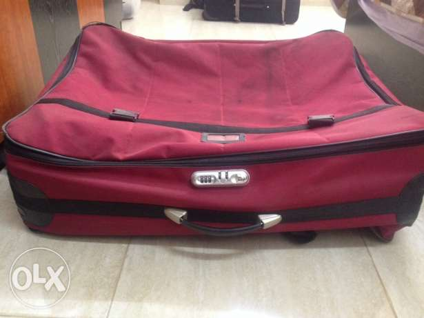 luggage in good condition urgent sale before 26/4