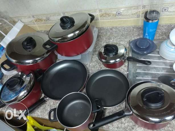9 Pieces Cooking Pans ( Excellent Condition) - Same like new مسقط -  3