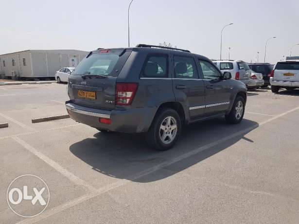 Jeep Grand Cherokee Limited V8 4.7 (GCC spec) مسقط -  5
