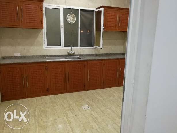 Apartment with AC for rent almabila noor street السيب -  2