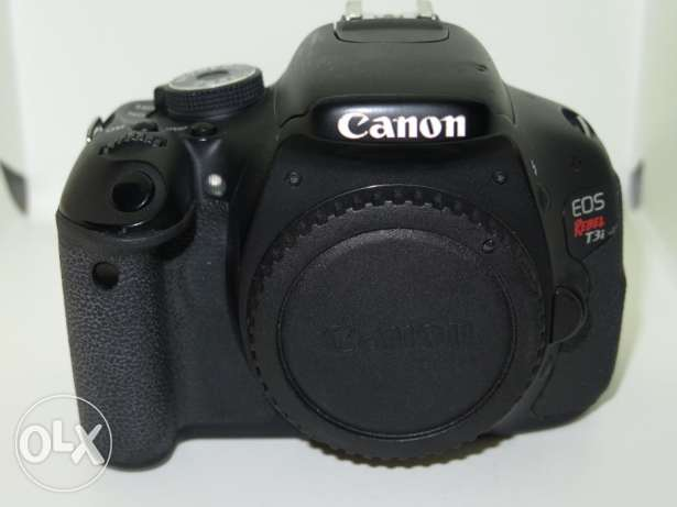 Canon EOS 600D / Rebel T3i 18.0MP Digital SLR Camera - (Body Only)