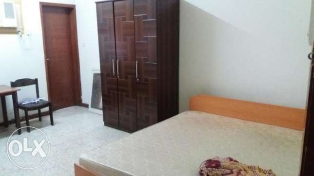 Sharing Bathroom and furnished room for bachlors