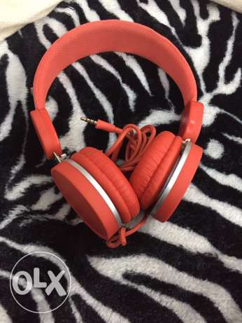 ISY headphones