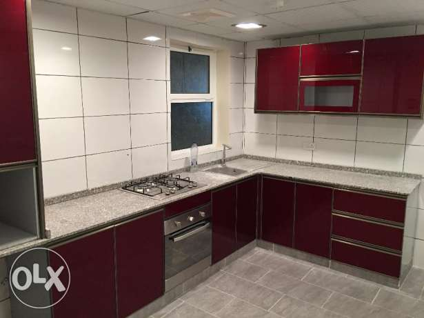 a new flat for rent in al mawaleh 11 in a new building السيب -  2