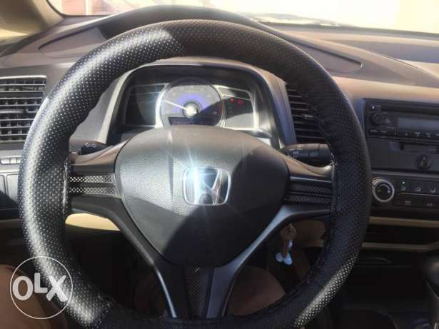civic only 46000 driven مسقط -  1