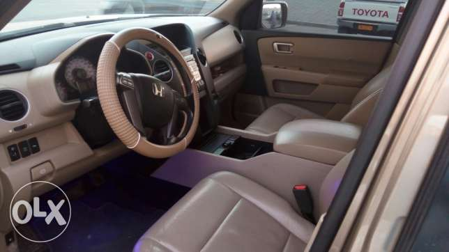 Honda pilot full option (8 seater)