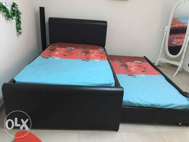 Bed with mattress مسقط -  1