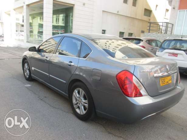 Renault Safrane 2.0 Expat Driven maintained in Good condition روي -  4