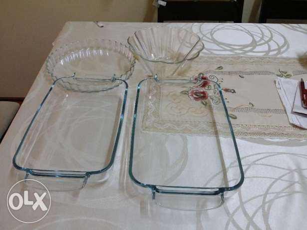 Sale of New Pyrex Dishes