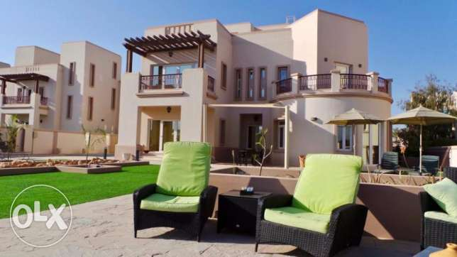 Five bedrooms detached villa for rent at Muscat Hills for 2800 OMR