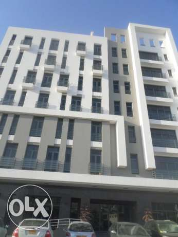 1 BR Modern Penthouse Flat in Khuwair with Large Balcony