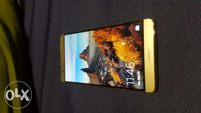 Huawei Mate 7 . 32 GB dual sim. Golden color in new like condition