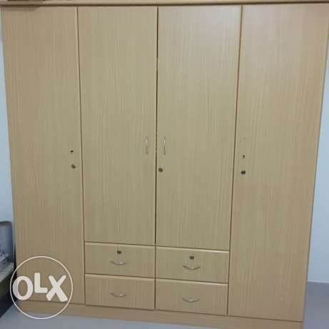 wooden cupboard for sale صحار -  2
