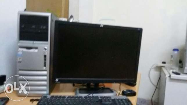 HP Computer ,Monitor for sale مسقط -  1