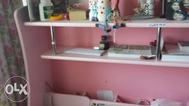 Bed side table study table and chair for Girl child on sale مسقط -  3