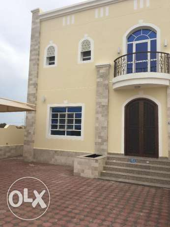 villa for rent in al mawaleh 11 5 bhk for 650 Ro