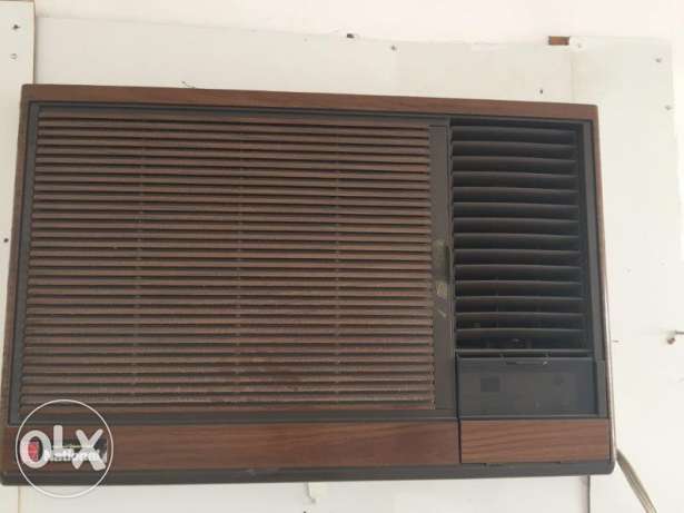 2 AC in Good condition & 3 Ceiling fans for immideate sale from owner