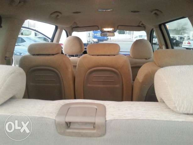 (7 seater)2012 kia carnival full automatic مسقط -  5