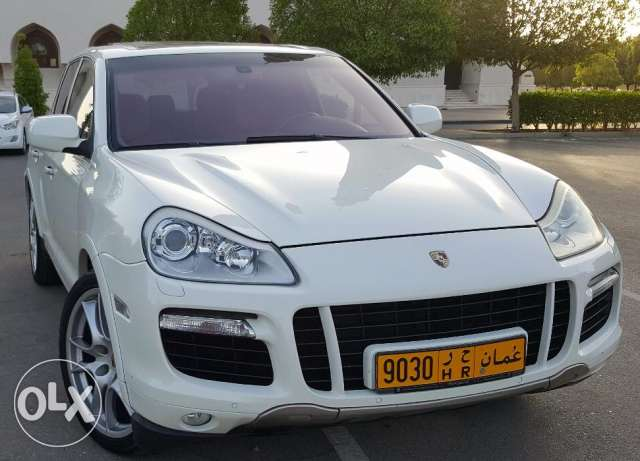 Porsche Cayenne Turbo 2008 Panoramic speical addition very clean