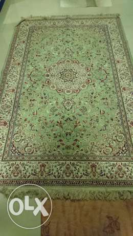 2 Carpets in good condition for sale **Price Reduced مسقط -  1