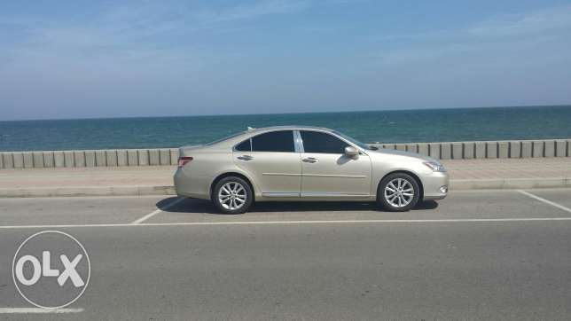 Lexus 2011 full automatic gold colour made in japan السيب -  3