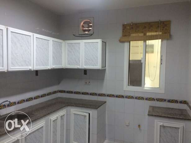 Flat for rent in Madinat Sultan qaboos مسقط -  4