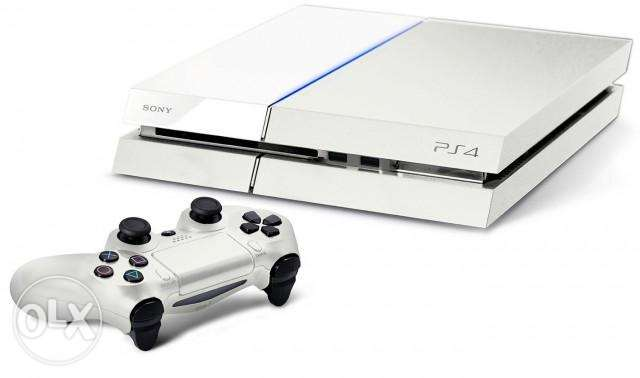 Sony PS4 500GB White with 5 games