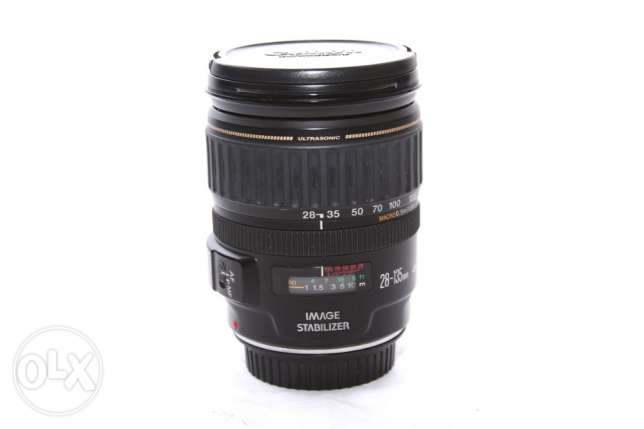 CANON Zoom EF 28-135mm F3.5-5.6 IS USM
