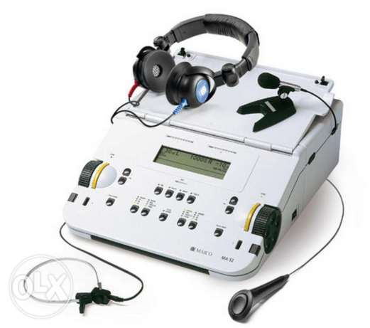 Maico Model MA-52 Audiometer w/ Headphones-Tested