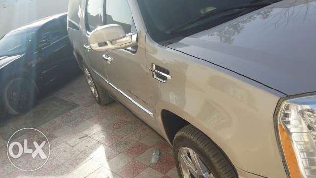 Cadilac esclade for sale only السيب -  7