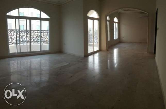 KK 402 Villa 4 BHK in Mawaleh South for Rent مسقط -  4