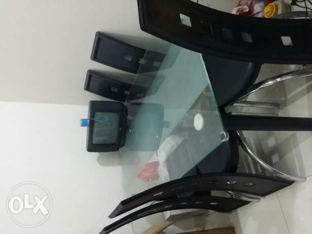 Dining table for sale روي -  1