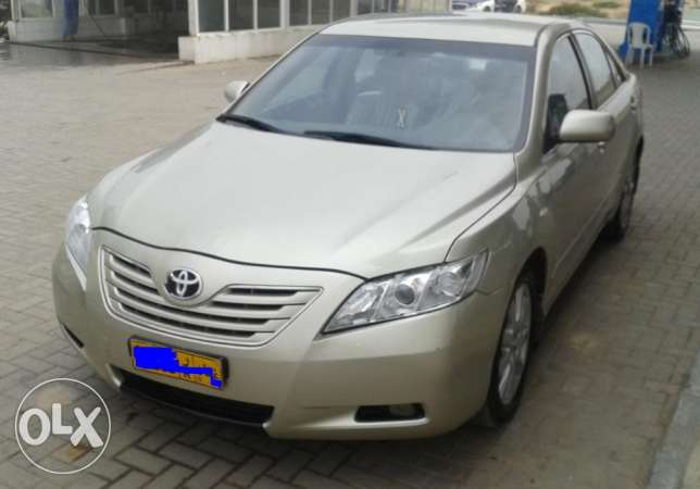 Toyota Camry Fully Automatic for Urgent Sale صلالة -  4