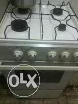 4 Burner cooking range for sale