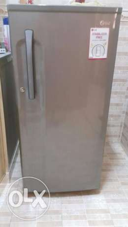 LG 190 Liter Fridge (new almost)