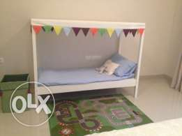 IKEA ÖVRE Bed with slatted base and canopy white