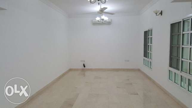 4BHK Beautiful Villa with garden in Azaiba Near Al Fair