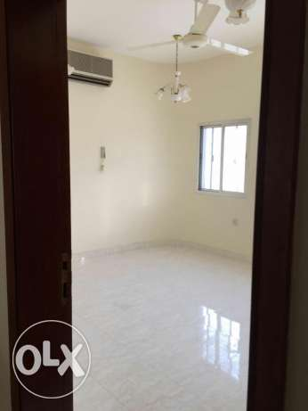 furnished bedroom for lady in Alkhwair near Radisson blue hotel بوشر -  2