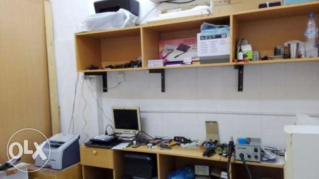 Shop for sale (Running Computer & Mobile Business) مسقط -  6